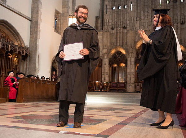 Graduate Nathan Roter receives the Solomon O. Lichter Memorial Prize for scholarship and professional leadership