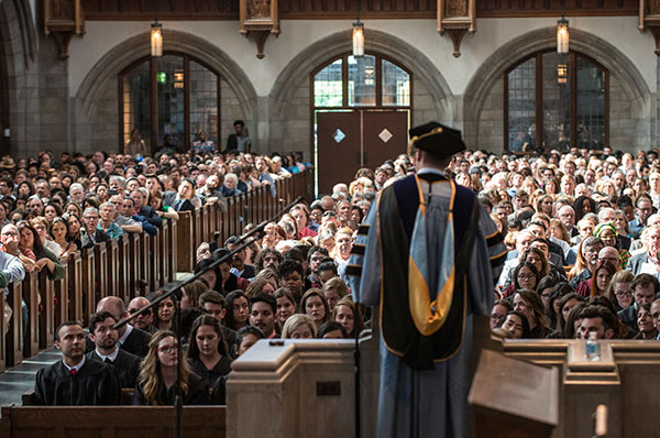 Dean Guterman welcomes the class of 2017 and their guests