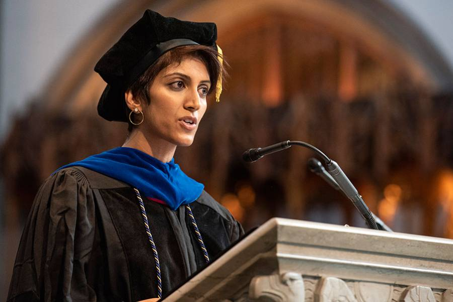 Shipra Parikh, the 2019 recipient of the William Pollak Award for Excellence in Teaching at SSA, delivered commencement address
