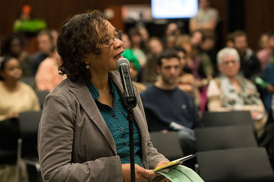 Audience asks questions at Ruth Knee Lecture