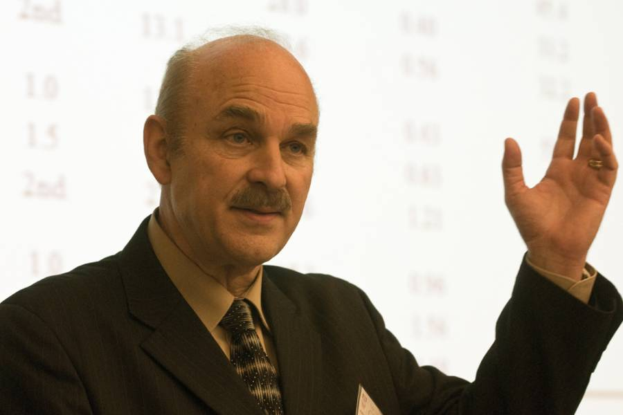 Rubén G. Rumbaut delivered the Cafferty Lecture 2011